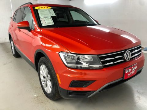 Pre-Owned 2018 Volkswagen Tiguan 2.0T SE FWD 4D Sport Utility